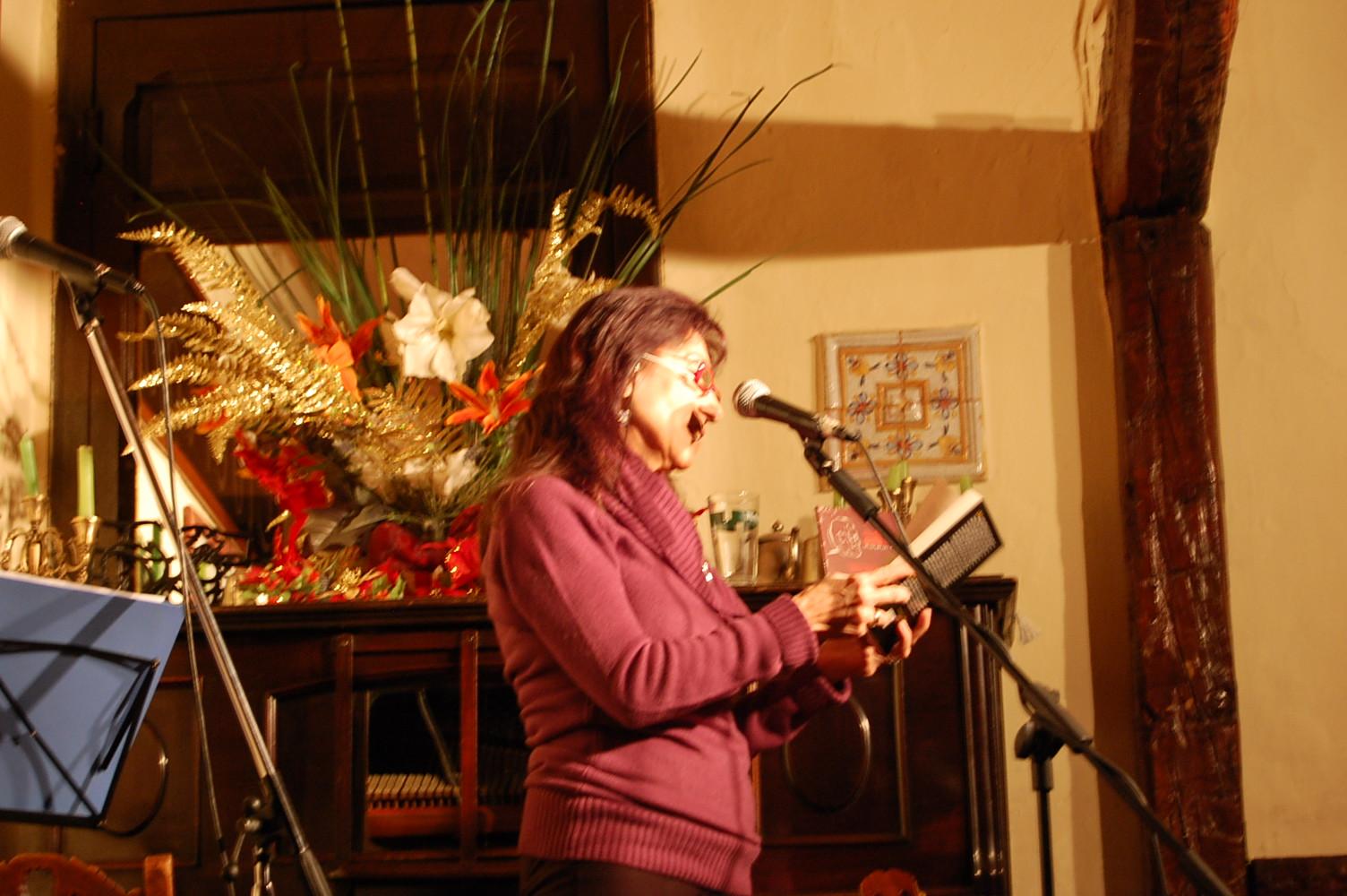 Carmina Casala en la presentación en el Café Libertad de El rio de los ojos