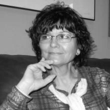 Ángeles Mora: Poeta invitada en Versos sobre el Pentagrama. Foto extraída de http://www.esdrujula.es