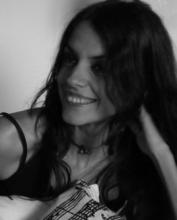 La poeta Laura Labajo (Fotografía extraída de http://www.cuadernosdelaberinto.com)